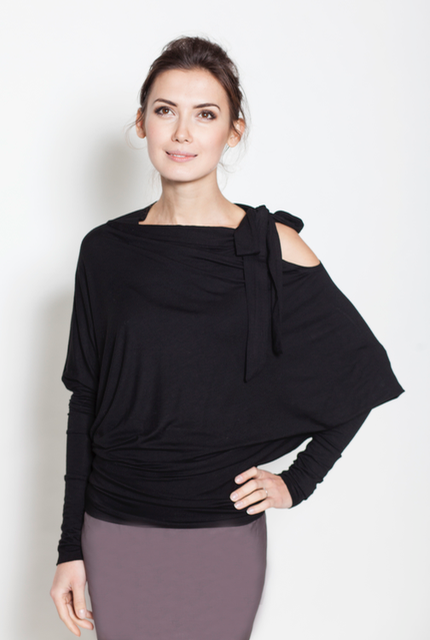 lemuse-black-blouse-with-a-bow-4_large.jpg